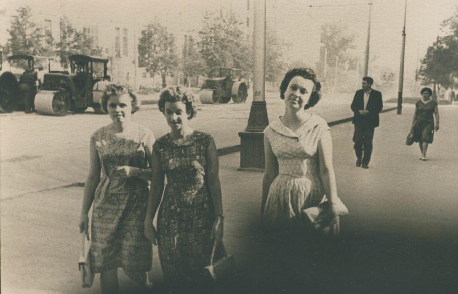 Модные силуэты 60-х. Тульские красавицы